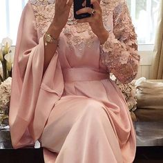 New color Price. 1600 Dhs/Riyal/Dinar We deliver worldwide. Arab Fashion, Islamic Fashion, Muslim Fashion, Hijab Evening Dress, Hijab Dress Party, Eid Dresses, Fashion Dresses, Estilo Abaya, Middle Eastern Fashion