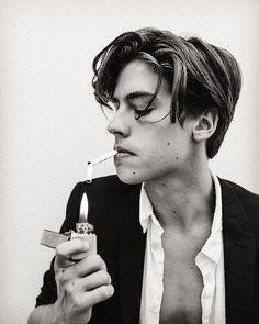 """""""Undercut anos 90"""": Nova tendência de corte masculino é inspirado no Leo…"""