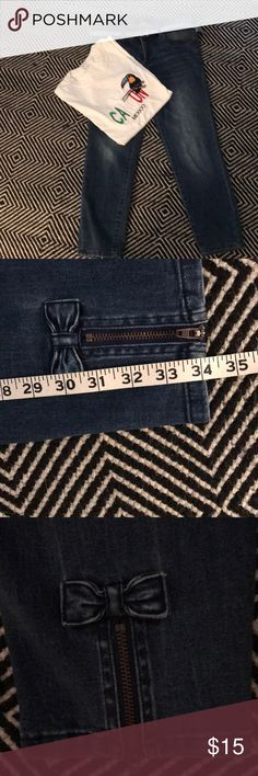 """Skinny fit with """"worn"""" look built-in. Zipper and bow at leg back is a fun detail. ❤️Very Good condition. Size Hips Rise Waist Back Length Inseam Nanette Lepore Jeans Ankle & Cropped Crop Jeans, Blue Jeans, Nanette Lepore, Sweet Style, Skinny Fit, Fashion Tips, Fashion Design, Fashion Trends, Calves"""