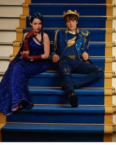 Evie and Ben Descendants Wicked World, Disney Channel Descendants, Descendants Cast, Descendants Characters, High School Musical, New Disney Shows, Disney Magical World, Tv Show Casting, Decendants