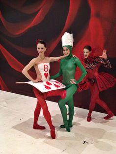 Alice in Wonderland 2nd act preparation. Dancers: Jill Marlow, Danielle Bausinger & Angelina Sansone. Kansas City Ballet. http://dancehealthier.com/2014/10/16/applause-to-you-ohhhhhhhhhh-kansas-city/