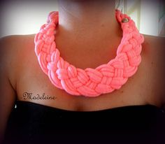-Madeleine- / neon pink necklace Pink Necklace, Crochet Necklace, Neon, Necklaces, Diy, Stuff To Buy, Jewelry, Fashion, Madeleine