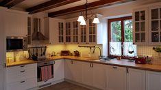 Vidiecka kuchyňa Kitchen Cabinets, Home Decor, Restaining Kitchen Cabinets, Homemade Home Decor, Kitchen Base Cabinets, Interior Design, Home Interiors, Decoration Home, Home Decoration