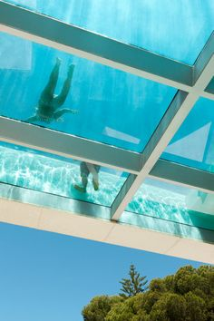 glass bottom rooftop pool // Jellyfish House by Wiel Arets Architects (WAA) ♥