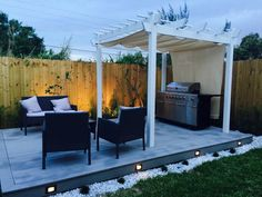 How cool the beauty of the outdoor seems as shown in the image below. This fantastic idea of modern decking will attractively reshape the boring outlook impacts of your dreamland into the exciting one. The deck idea is attractively glamorized with the lights on its boundary.