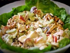 Make healthy, light and creative salads to break your lunch or dinner rut with a fruit-and-veggie party on your plate. Salad Dressing Recipes, Salad Recipes, Waldorf Salad, Eat Pray Love, Recipe Search, Potato Salad, Food To Make, Salads, Paleo