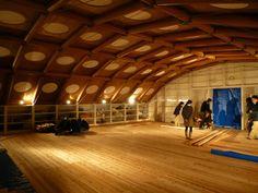 shigeru ban designs temporary studio for kyoto university  show all photo: http://www.wanerio.com/blog/?p=173
