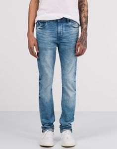 SKINNY FIT BRILLIANT BLUE JEANS - JEANS - MAN - PULL&BEAR Turkey