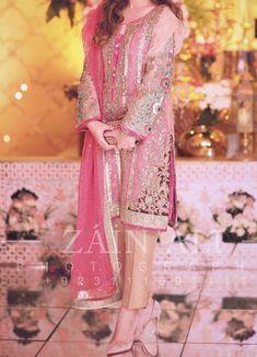 Beautiful Pakistani Dresses, Pakistani Party Wear Dresses, Shadi Dresses, Designer Party Wear Dresses, Pakistani Wedding Outfits, Wedding Dresses For Girls, Pakistani Dress Design, Indian Designer Outfits, Beautiful Dresses