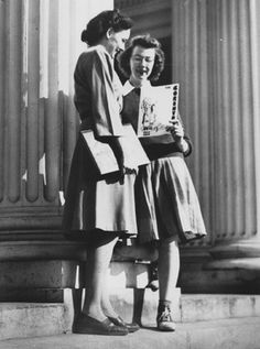 Flannery O'Connor (right) with a classmate at Georgia College.