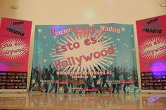 Photocall de ESTO ES HOLLYWOOD el restaurante especial para despedidas de soltera en Madrid con temática Grease Madrid, Hollywood, Painting, Art, Discos, Saying Goodbye, Restaurants, Art Background, Painting Art