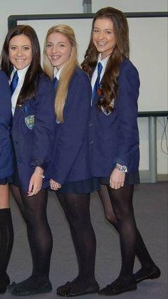 British School Uniform, Japanese School Uniform Girl, School Girl Dress, School Uniform Outfits, Cute School Uniforms, Girls Uniforms, Geek Chic Outfits, Cute Girl Outfits, Little Girl Outfits