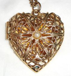 "Vintage Signed Avon ""Treasured Moments Locket\"" Necklace ~ delicate filigree gold heart with pearl accent"