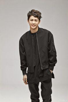 5f21d-أيقونة-مزيج المباراة أغنية yoonhyung-YG-trainee_001