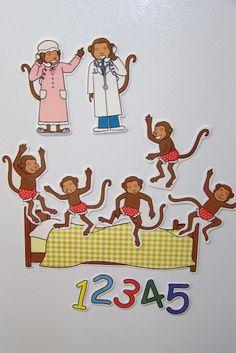 Doodle Bugs Teaching {first grade rocks!}: Five Little Monkeys Magnetic Storytelling Props {free} printables Preschool Songs, Preschool Literacy, Literacy Activities, Preschool Activities, Educational Activities, Flannel Board Stories, Felt Board Stories, Felt Stories, Monkey Jump