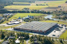 Lannen factory in Loimaa.  #Lannen #backhoes #machine #construction #factory #Loimaa