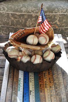 Baseball americana.  Add hot dogs and Cracker Jack!