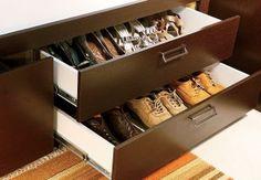 Aprenda como organizar sapatos.