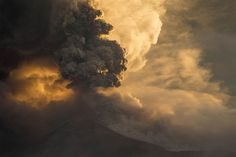 The Tungurahua volcano erupts in Banos, Ecuador on Feb. The volcano, which has been in an eruption process since erupted on Saturday, sending ash and pyroclastic material into the atmosphere. Places To Travel, Places To See, Air Force One, Equador, Active Volcano, Heaven On Earth, Amazing Nature, Belle Photo, Nature