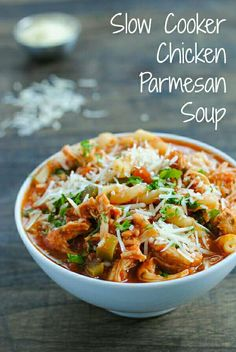Slow Cooker Chicken Parmesan Soup #Food #Drink #Musely #Tip