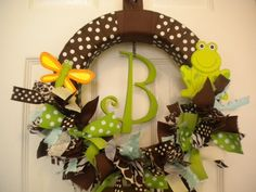 ahh cute wreath for hospital door and nursery!