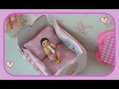 Como fazer protetor de cama para o bercinho do bebe da boneca Barbie - YouTube