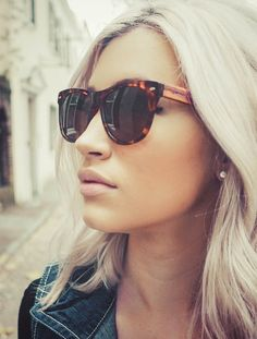 Love these sophisticated yet bold wooden sunnies<3 Johnny Fly's twist on the wayfarer style classic. We call it the WayFLYer!