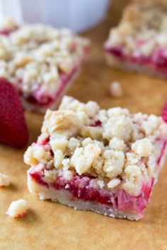These easy Strawberry Crumb Bars have a buttery shortbread base, a layer of fresh juicy strawberries & are topped with a delicious streusel topping.