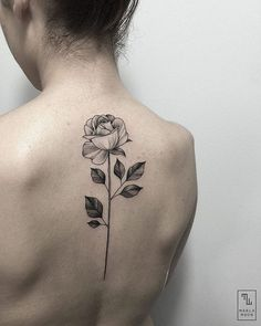 Imagen de fashion, pale, and style, flower, rose,girl, tatto, girl