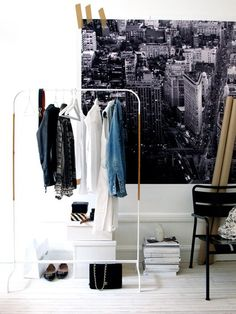 . Diy Clothes Valet, Clothes Storage Without A Closet, Clothes Rail, Clothes Stand, Clothes Hanger, Home Interior Design, Interior Architecture, Interior And Exterior, Interior Decorating