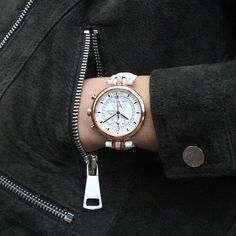 Number 8 Chronographe Or Rose par Louis Chevrolet Swiss Watches Or Rose, Rose Gold, Number 8, Never Give Up, Watches For Men, Bracelet, Accessories, Concept, Watches