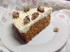 VÍKENDOVÉ PEČENÍ: Mrkvový koláč s krémem