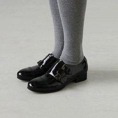 たったの3cmだけど、ヒールを高くすることで気持ちも上がってきます。そんな靴を探してみませんか?