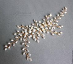 Купить Позолоченное украшение в причёску для невесты с бусинами и жемчугом - разноцветный, золотой, позолота, жемчуг, жемчужный