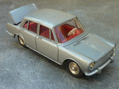 Dinky Toys Simca 1500 1:43 scale (Made in France)