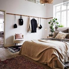 """87 Likes, 3 Comments - Husbygge Och Inredning (@houseofalso) on Instagram: """"Hur fint sovrum!? Känns härligt ofixat och designat på en och samma gång Från @artillerietstore…"""""""