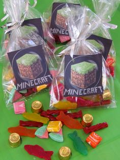 Planning a big Minecraft party? We have found all the best ideas for the ultimate Minecraft party of all time - find your inspiration here. Mine Craft Party, Minecraft Party Favors, Minecraft Birthday Party, Minecraft Decorations, Minecraft Crafts, Minecraft Ideas, Minecraft Skins, 9th Birthday Parties, Birthday Fun