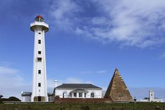 The Hill Lighthouse, Port Elizabeth, Eastern Cape, South Africa — Photographer: Leo License: Creative Commons Attribution-Share Alike Unported Lighthouse Storm, Lighthouse Decor, Lighthouse Lighting, Lighthouse Painting, Route 67, Port Elizabeth South Africa, Africa Travel, Willis Tower, Lighthouses