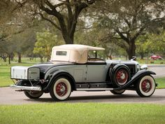 1930 Cadillac V-16 Convertible Coupe by Fleetwood | Amelia Island 2015 | RM Sotheby's