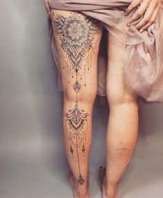 Top 6 Best Places for Female Erotic Tattoos Henna Tattoo Designs, Diy Tattoo, Tattoo Ideas, Girl Stomach Tattoos, Girl Tattoos, Tatoos, Family Tattoos, Neue Tattoos, Body Art Tattoos