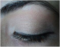 Makeup Shakeups: NYX SINGLE EYE SHADOW {Taupe}