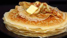O rețetă extraordinară de clătite dantelate cu drojdie. Sunt delicate și cu gust de unt, minunate! Vă recomandăm să încercați și suntem siguri că veți repeta rețeta nu o singură dată. INGREDIENTE (LA TEMPERATURA CAMEREI): – 300 gr de făină; – 400-500 ml de lapte cald; – 50 gr de zahăr; – 7 gr de drojdie uscată; – 80 gr de unt moale; – 150 ml de smântână pentru frișcă 20-30%; – 2 ouă mari; – ½ linguriță de sare; – unt – pentru uns. MOD DE PREPARARE: 1. Turnați jumătate de lapte cald (38°С )…