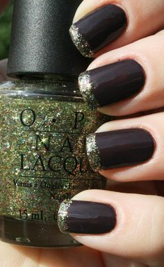 Black and gold #nails