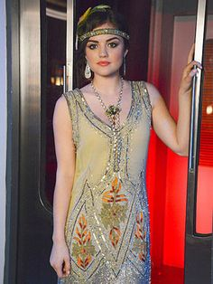 Aria from PLL rocks the Roaring '20s look! lucy hale, flapper dresses, halloween costumes, daisies, 20s style, the great, luci hale, aria montgomery, flapper girls