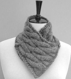 KNITTING PATTERN Neckwarmer Scarf with wooden by Richmondhillknits