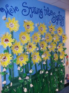 Art Spring board displaying 'Sunflowers' we made. (KECEC-Spring 2008)