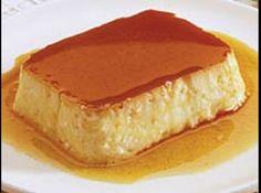 Receita de Pudim de Mandioca - 1 kg de mandioca crua, 1 lata de leite condensado, 1 litro de leite comum, 1 vidro de leite de coco (200ml), 3 ovos, 1/2 xíca... Pudding Recipes, Pie Recipes, Sweet Recipes, Dessert Recipes, Desserts, Flan Cake, Mousse, Portuguese Recipes, Different Recipes