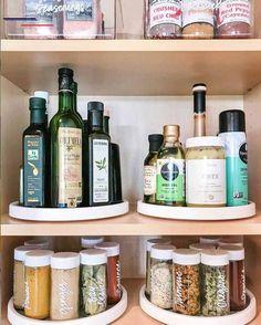 Kitchen Organization Pantry, Home Organisation, Diy Kitchen Storage, Organization Ideas For The Home, Organized Pantry, Organizing Ideas For Kitchen, Pantry Ideas, Organizing Tips, Organization For Kitchen Cabinets