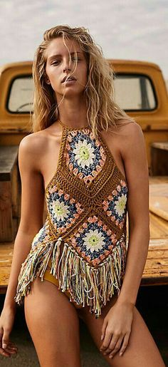 Excited to share this item from my shop: Crochet Granny Square Motif Halter Top,Boho Hippie Gypsy,Summer Trend, Festival Clothing . 42 Free Boho Summer Top Crochet Patterns 2019 - Page 7 of 42 - womenselegance. This floral crochet tank is splash dyed to p Boho Hippie, Bohemian Mode, Hippie Style, Boho Style, Boho Chic, Crochet Summer Tops, Crochet Top, Crochet Granny, Crochet Style