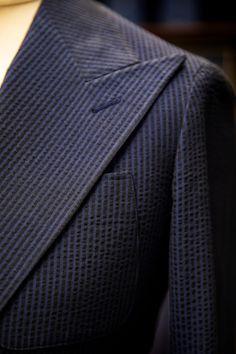 În cazul #BESPOKE, metoda de lucru pune accent pe probele intermediare și dialogul permanent dintre client și specialist.  #bespoketailoring #handmade #style #notfashion #menswear #menwithclass #gentlemen #mnswr #suit #design #bespoke #sartorial #ZAVATE Bespoke, Pune, Suit Jacket, Blazer, Suits, Design, Fashion, Taylormade, Moda